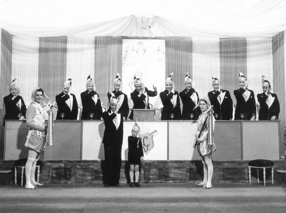 1949-komitee02